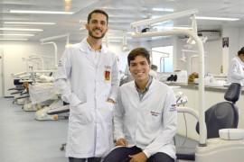 Alunos de Odontologia aprovados em concursos públicos