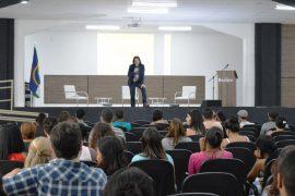 Facipe Carreiras promove feira com 500 vagas de estágio